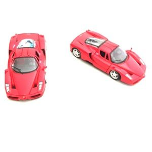 ✨2/$40✨ 2 1/24 Scale Diecast Model Cars